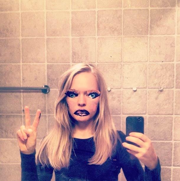 mirrors-me-Helene-Meldahl-16